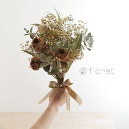 バラとユーカリのドライフラワー花束