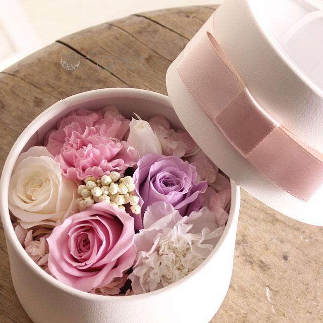 ピンクの可愛いBOXプリザーブドフラワーmini2